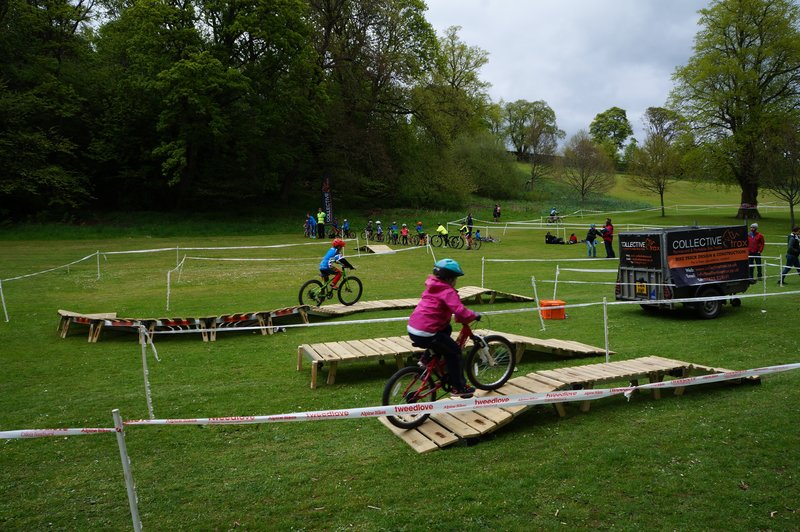 Shoretrax system split into modular features for a cycle event